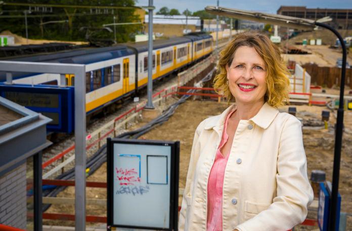 Jacoba van Gastel vertelt waarom je juist nu moet investeren in mobiliteit.